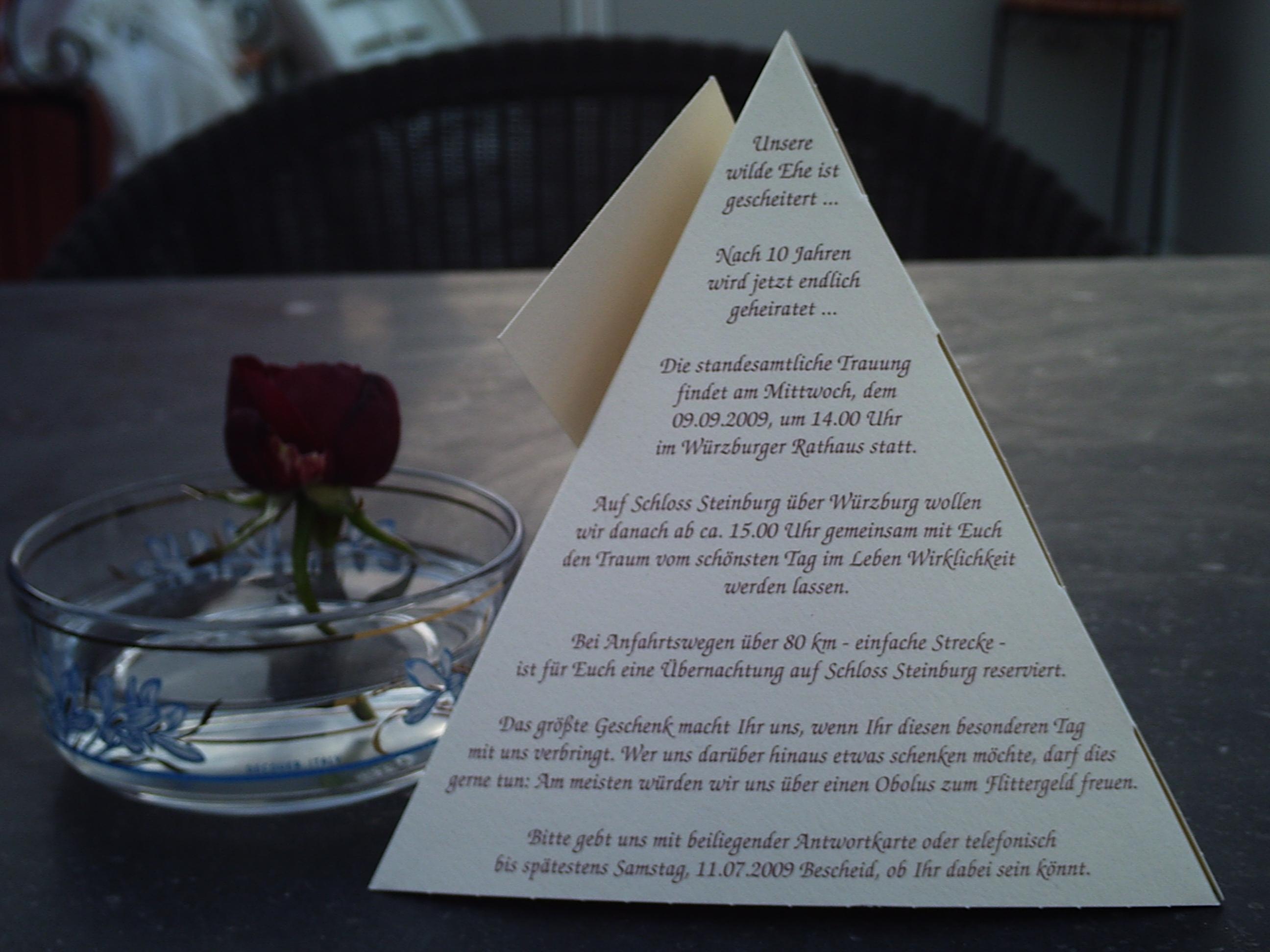 Die Einfachste Form In Drei Dimensionen... Einladung Hochzeit  (Pyramidenseite 1, ...